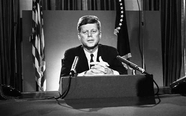 John F Kennedy 2730787b