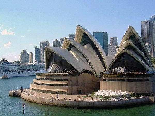 Sydney Opera House Australia 04