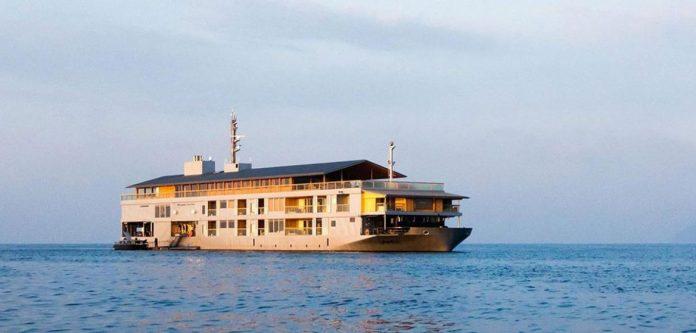 guntu floating hotel japan