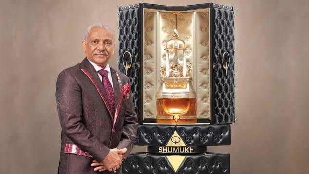 worlds-most-expensive-perfume-shumukh-1