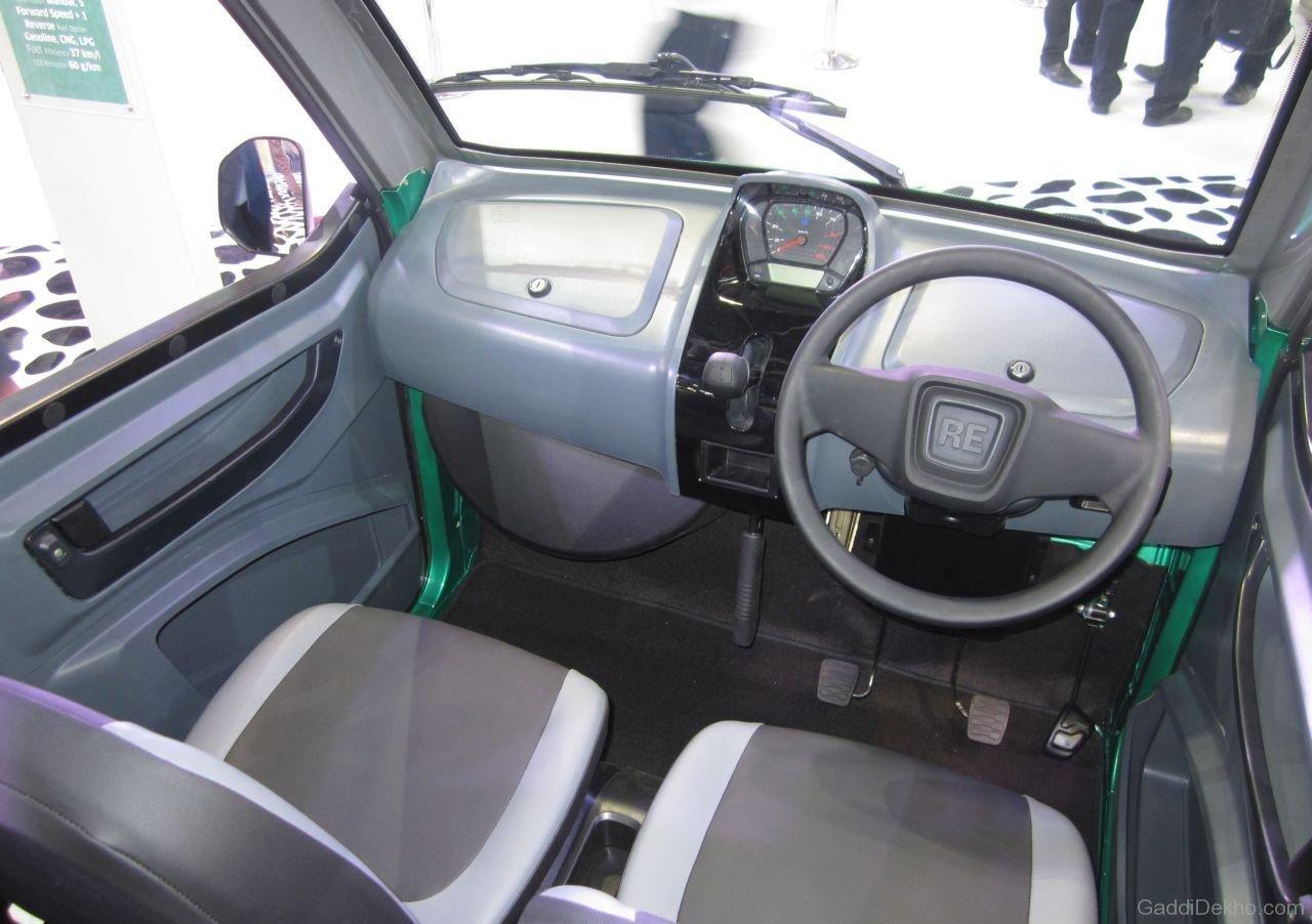 Bajaj-RE60-Interior