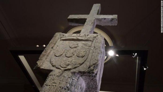 stone-cross-nambia