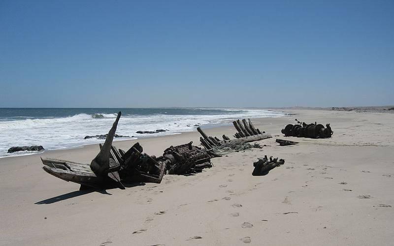 beach skel