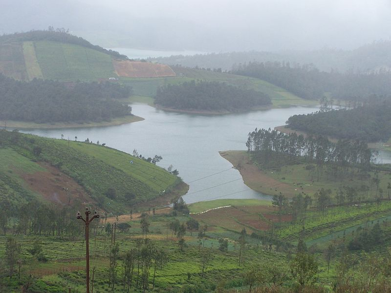 800px Avalanche lake ooty 1 min