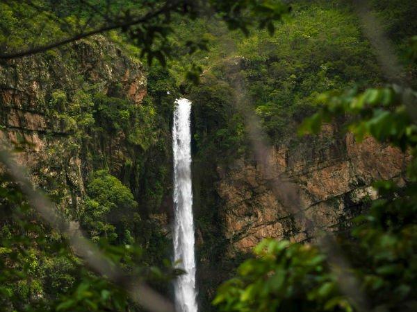 Thalaiyar Falls min