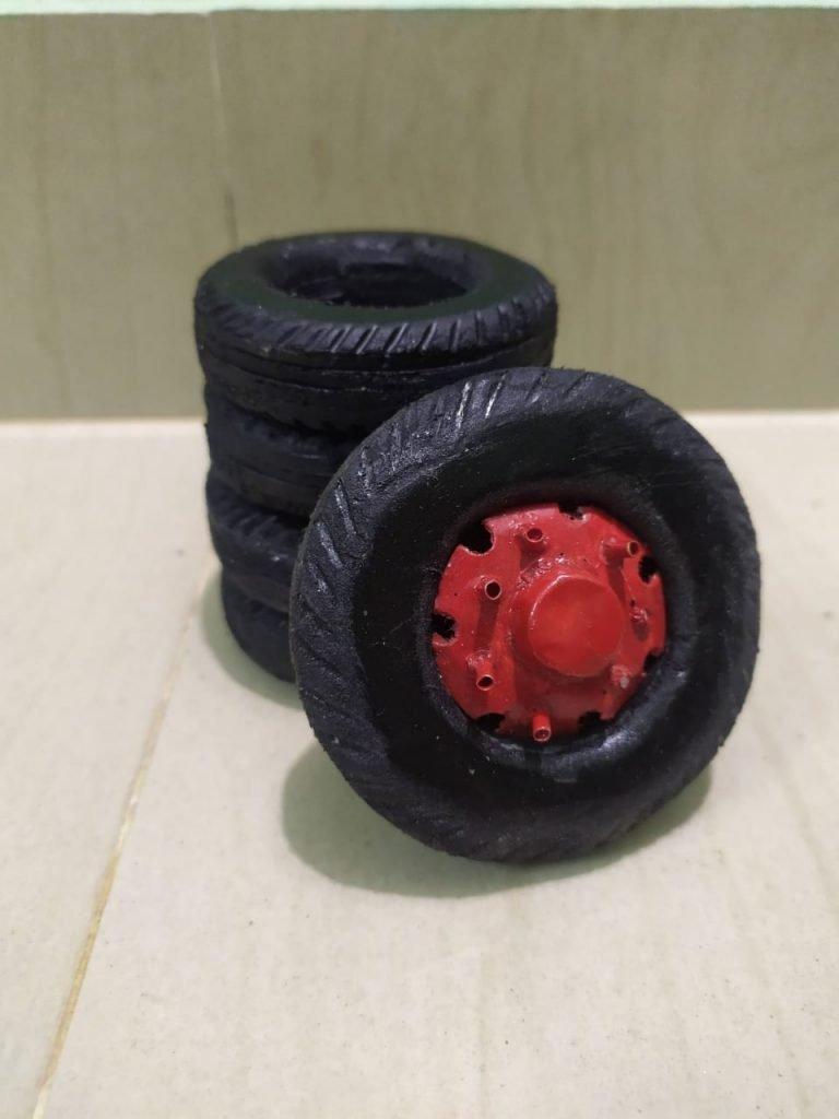 miniature sugumar 20