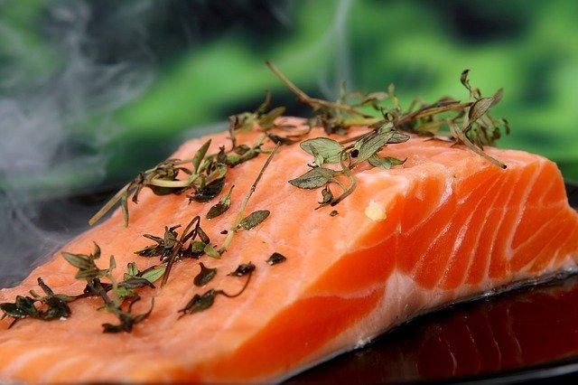 salmon protein food min